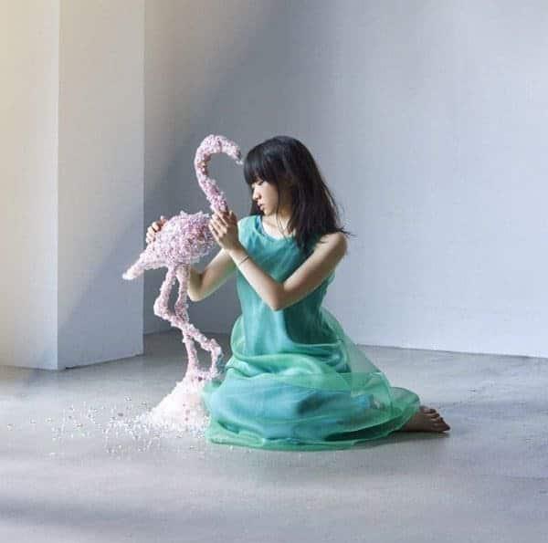 『千菅春香 - 愛の詩-words of love- 歌詞』収録の『』ジャケット